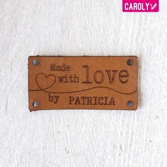 """Leren label karamel """"made with love by"""" met naam"""
